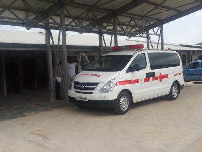 2016.06.30 Dodowa Hospital - Ambulance bringing Patient from old Hospital